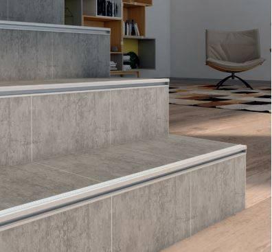 profile nez de marche escaliers p5 vente de carrelage. Black Bedroom Furniture Sets. Home Design Ideas